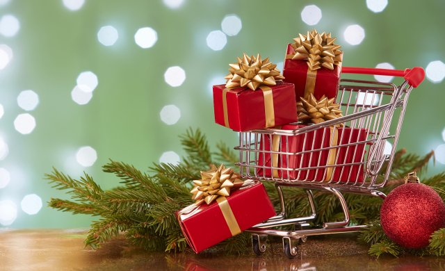 Brits predicted to spend £1bn on Christmas Day 2018